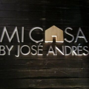 A sign that says Mi Casa by Jose Andres
