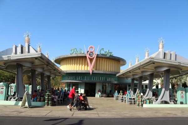 exterior of Flo\'s Cafe at Disney\'s California Adventure