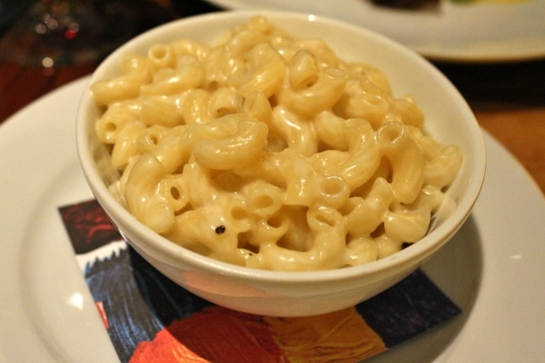 A bowl of macaroni and cheese made with elbow macaroni