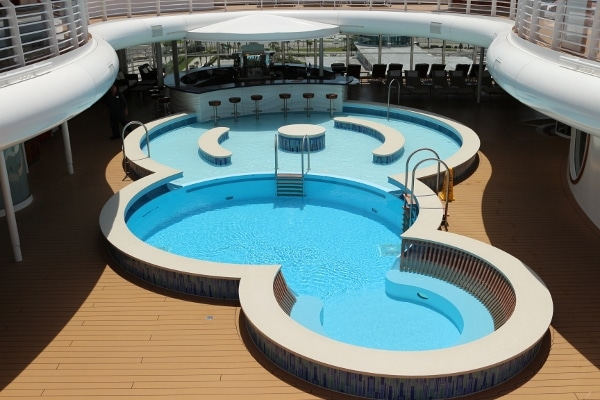 the empty Quiet Cove pool on the Disney Fantasy cruise ship during the day