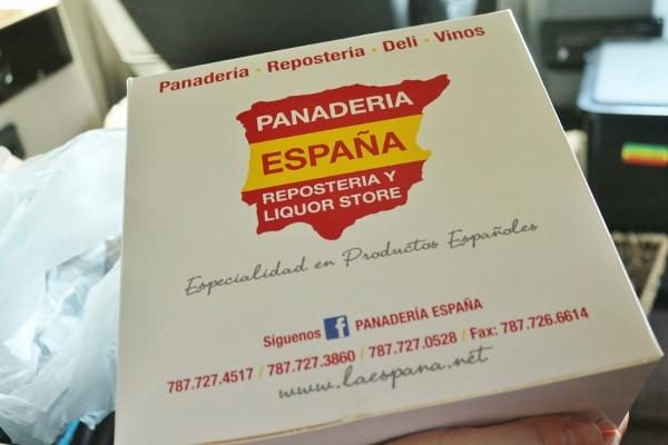 A close up of box that says Panderia Espana