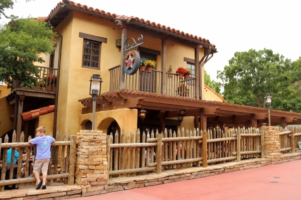 exterior of Pecos Bill Tall Tale Inn and Cafe