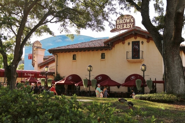 view from outside the Hollywood Brown Derby at Disney\'s Hollywood Studios park