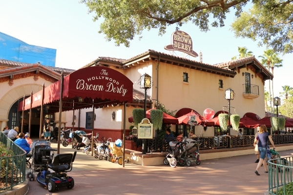 exterior of The Hollywood Brown Derby restaurant at Disney\'s Hollywood Studios