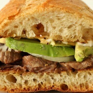 Pepito (Mexican steak sandwich)