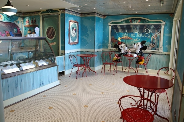 interior of Sweet on You shop on the Disney Fantasy