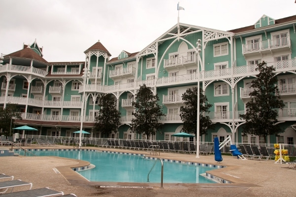 a quiet empty pool at Disney\'s Beach Club Villas