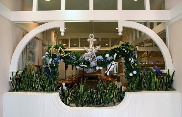 nautical themed Christmas garland