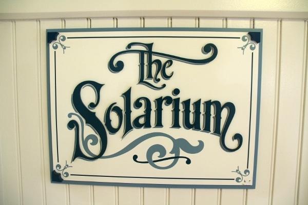 A sign that says The Solarium