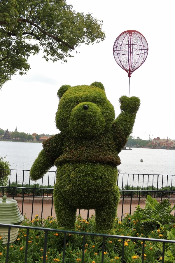 a Winnie the Pooh topiary