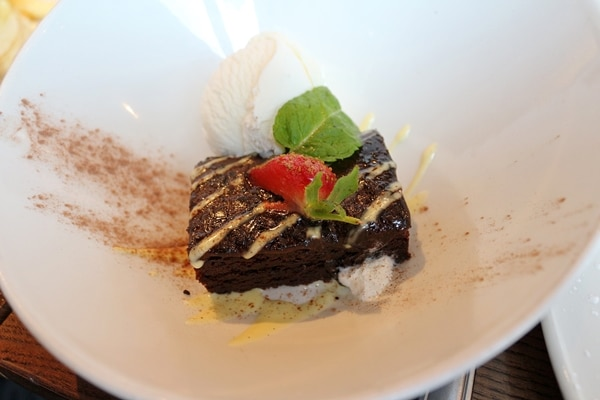 a chocolate dessert on a plate