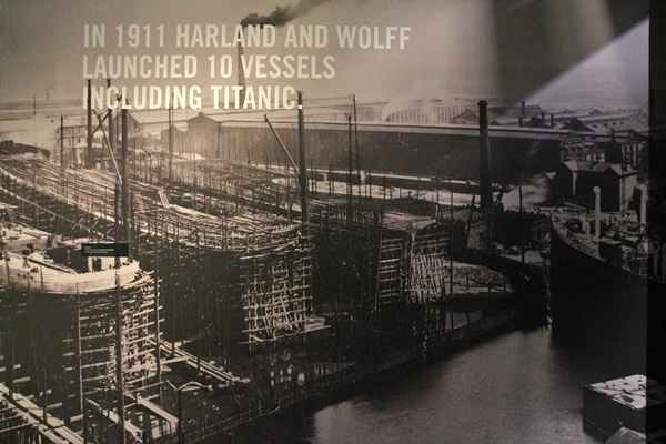 an old photo of building ships in Belfast