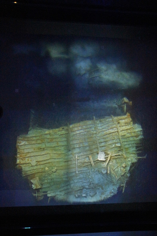 another view of Titanic wreckage