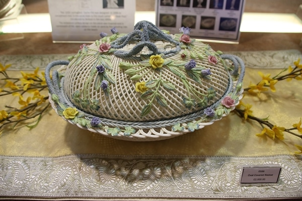 a lattice style pottery item