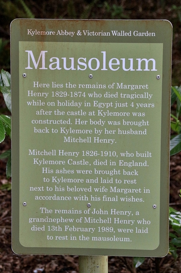 A close up of a sign that says Mausoleum