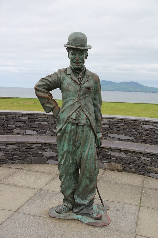 A green statue of Charlie Chaplin