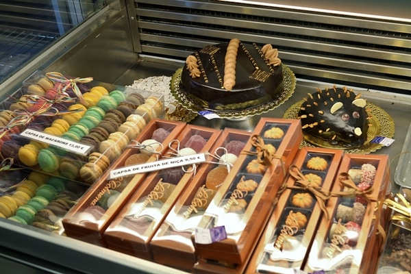 a display of confections in small boxes
