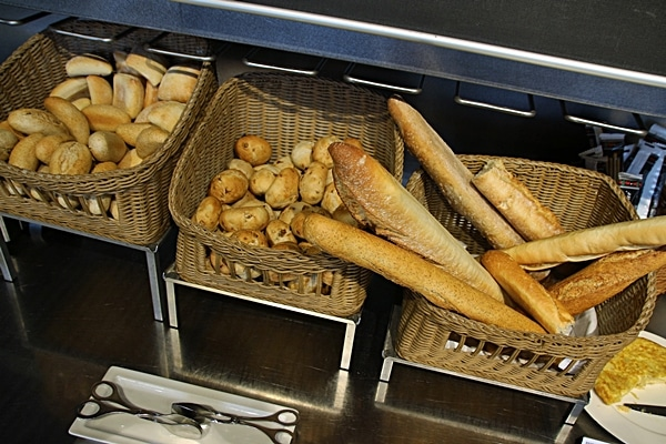 baskets of breads