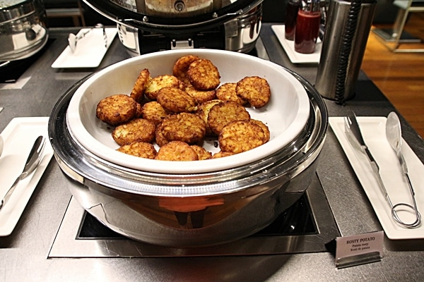 hash brown potatoes on a buffet line
