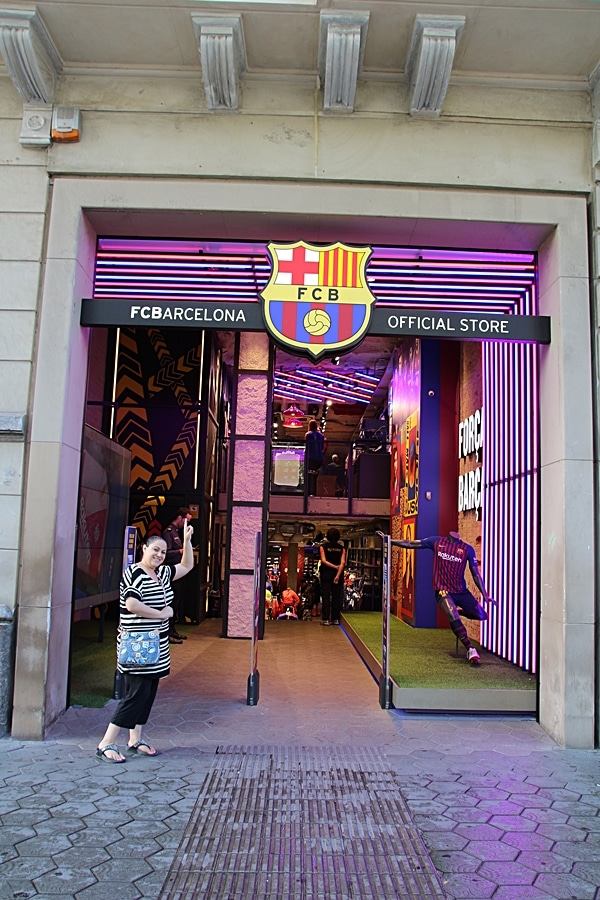 exterior of the FC Barcelona Official Store
