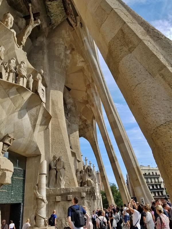stone columns on the exterior of Sagrada Familia