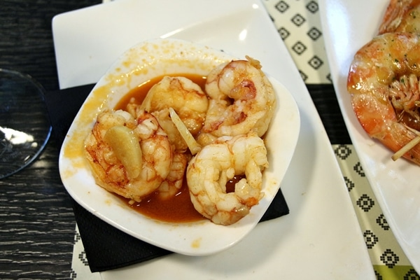 closeup of a bowl of garlic shrimp