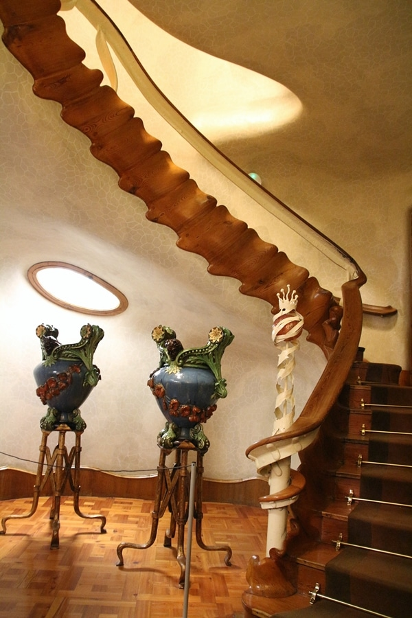 an ornate staircase that resembles a spine