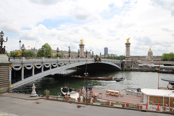 A bridge over a the River Seine