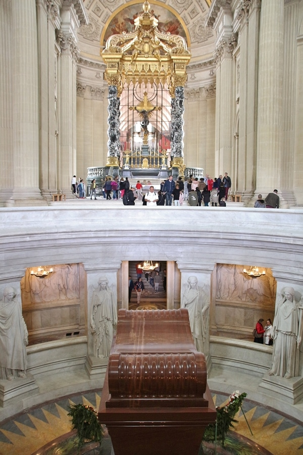 Napoleon\'s tomb with an altar in the distance