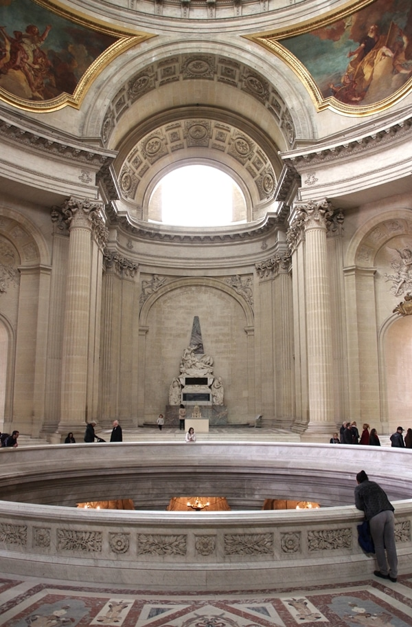 the interior of the Les Invalides church