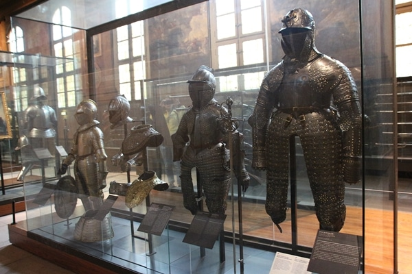 suits of armor of different sizes