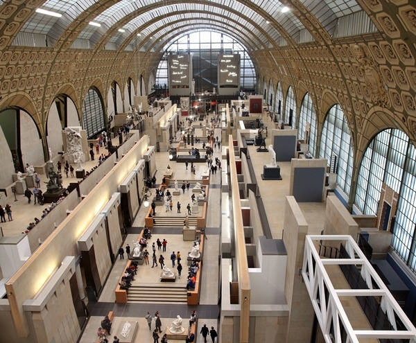 overhead view of the interior of the Musée d\'Orsay in Paris