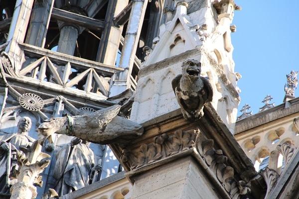 gargoyles on the side of a church