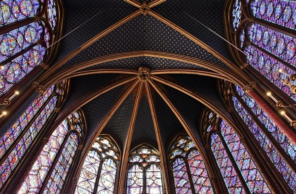 elaborate stained glass windows in Sainte-Chapelle church