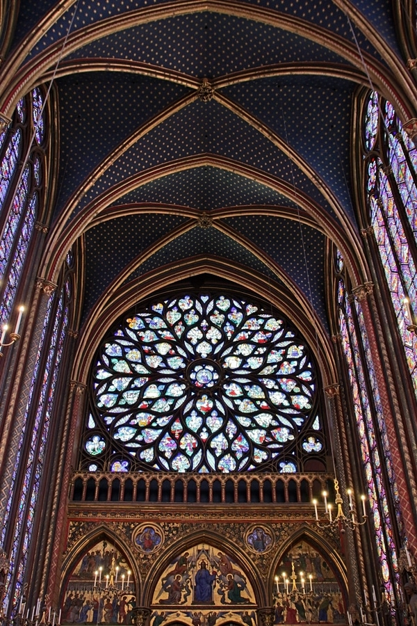 rose window and tall stained glass windows in Sainte-Chapelle church
