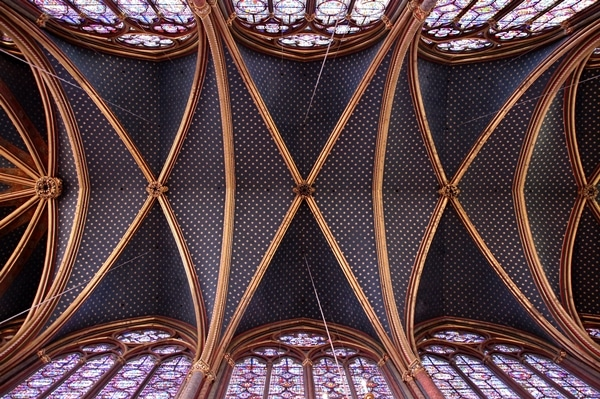 view looking up at vaulted ceiling in Sainte-Chapelle church