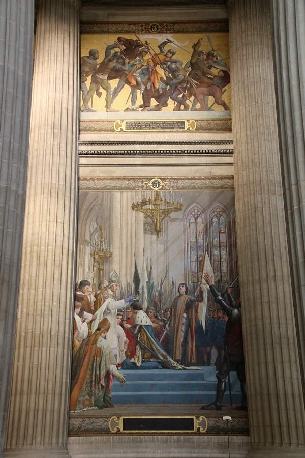elaborate church paintings