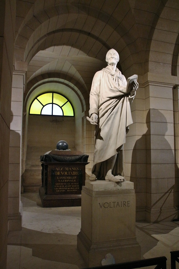A statue of Voltaire
