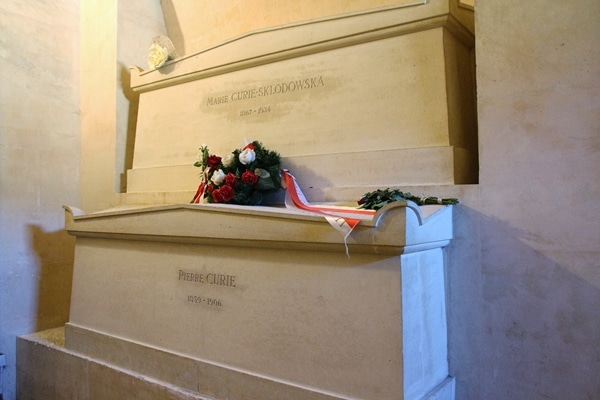 graves of Marie and Pierre Curie in a crypt
