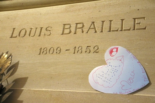 Louis Braille\'s grave in a crypt