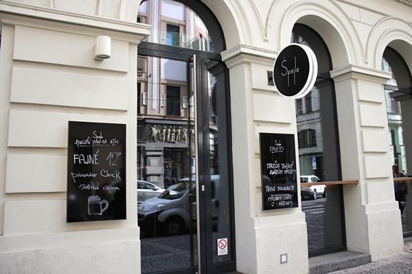 exterior of Spejle restaurant in Prague