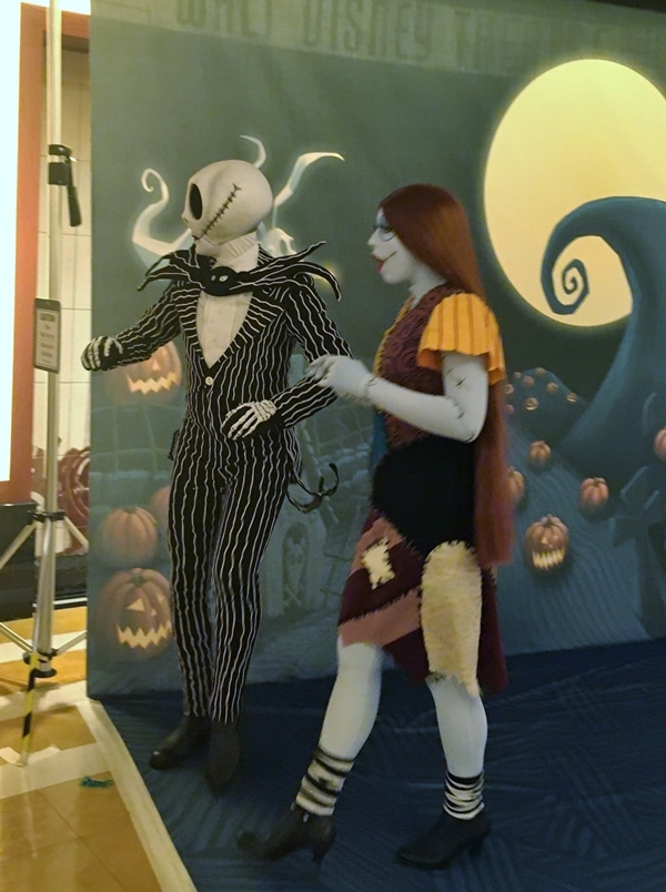 Jack and Sally from The Nightmare Before Christmas posing for pictures