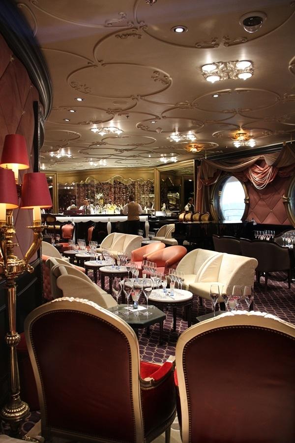 the interior of the Ooh La La Lounge on the Disney Fantasy cruise ship